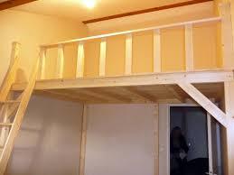 Mezzanine en bois à Aigle