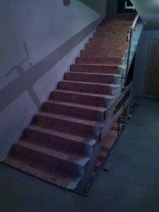 Protection en bois pour escalier