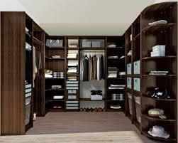 armoire sur mesure à Leysin