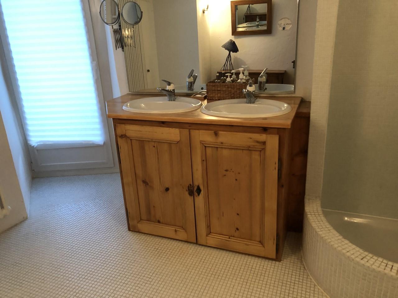 meuble salle de bain Grandvaux