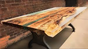 plateaux de table epoxy, à Veytaux
