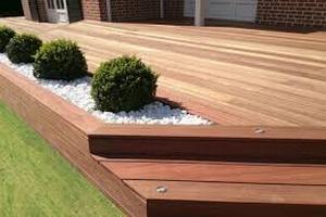 A Lutry, terrasses en bois sur mesure